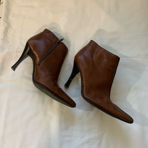 Leather Brown Ankle Boots hand stitched frm Brazil